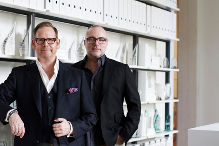 Press kit | 2066-02 - Press release | II BY IV DESIGN | The Epitome of Silent Luxury - II BY IV DESIGN - Urban Design - II BY IV DESIGN_Partners, Dan Menchions (right) &Keith Rushbrook (left) - Photo credit: Javier Lovera Yepes