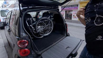 Press kit | 1833-02 - Press release | The World's First Self-Charging Electric Folding Bike - VELLO bike+ - Lifestyle - VELLO bike+ THE FIRST SELF-CHARGING ELECTRIC FOLDING BIKE - Photo credit: VELLO bike