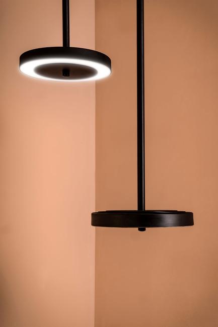 Press kit | 2110-02 - Press release | Larose Guyon's new lighting collection Le Royer - Larose Guyon - Lighting Design - Le Royer - Simple - Photo credit: Larose Guyon