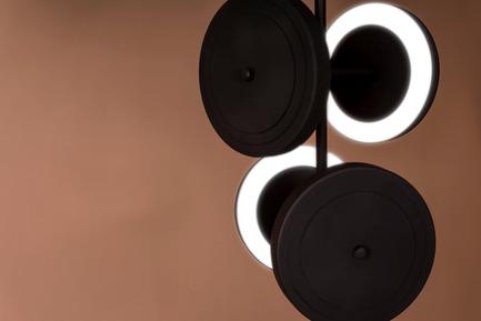 Press kit | 2110-02 - Press release | Larose Guyon's new lighting collection Le Royer - Larose Guyon - Lighting Design - Le Royer - Chandelier - Photo credit: Larose Guyon