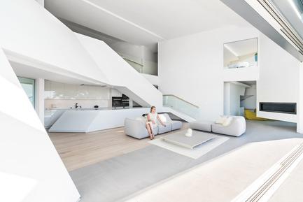 Press kit | 2244-01 - Press release | MU77 Receives 2016AIA|LA Design Award - Arshia Architects,ltd - Residential Architecture - MU77-LIVING - Photo credit: PAUL VU