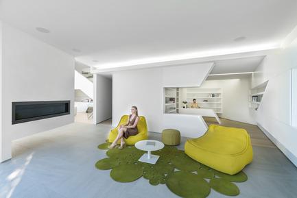 Press kit | 2244-01 - Press release | MU77 Receives 2016AIA|LA Design Award - Arshia Architects,ltd - Residential Architecture - MU77-FAMILY ROOM - Photo credit: PAUL VU