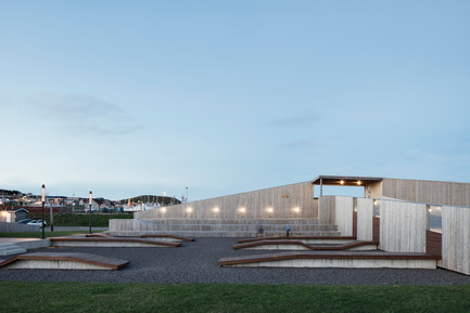 Press kit | 1527-04 - Press release | The Place des Gens de Mer - Bourgeois / Lechasseur architects - Landscape Architecture - Photo credit: Adrien Williams