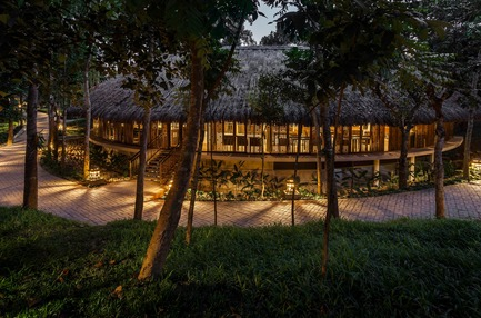 Press kit | 2249-01 - Press release | Dusai Resort & Spa - VITTI Sthapati Brindo Ltd. - Residential Architecture - Tea Valley Restaurant - Photo credit: Hasan Saifuddin Chandan
