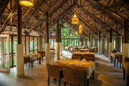 Dossier de presse | 2249-01 - Communiqué de presse | Dusai Resort & Spa - VITTI Sthapati Brindo Ltd. - Residential Architecture - Tea Valley Restaurant interior - Crédit photo : Ahsanul Haque Rubel