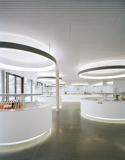Press kit   2237-01 - Press release   World Trade Organization - wittfoht architekten - Institutional Architecture - restaurant - Photo credit: brigida gonzález<br>