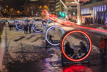 Press kit | 583-17 - Press release | Luminothérapie:Loop's Giant Illuminated Wheels Take Over the Place des Festivals - Quartier des spectacles Partnership - Event + Exhibition -  Loop, a creation by Olivier Girouard and Jonathan Villeneuve in collaboration with Ottoblix.  - Photo credit:  Ulysse Lemerise/OSA Images