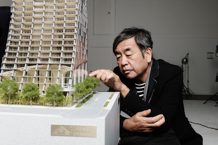 "Press kit | 2051-03 - Press release | Fairmont Pacific Rim To Present ""Japan Unlayered"" in Vancouver, Canada - Fairmont Pacific Rim - Event + Exhibition -  Kengo Kuma with&nbsp;Alberni by Kuma (model)  - Photo credit: Dennis Gocer, The Collective You<br>"