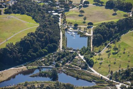 Dossier de presse   2210-01 - Communiqué de presse   Sydney Park Water Re-Use Project - Turf Design Studio & Environmental Partnership - Landscape Architecture - Crédit photo : Ethan Rohloff Photography