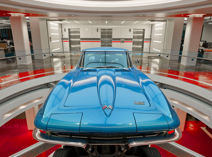 "Press kit | 2222-02 - Press release | Award winner of the 2016 International Space Design Award IDEA-TOPS for ""The Best Office Design Award"" - M+M Creative Studio - Commercial Interior Design - Edmunds - 2nd floor lobby - 1966 Corvette StingRay - Photo credit: Benny Chan @Fotoworks"