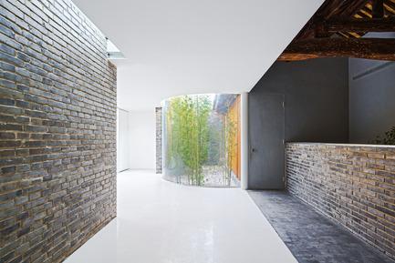 Press kit | 2264-01 - Press release | Tea House in Hutong - Arch Studio - Commercial Interior Design - Corridor - Photo credit: Wang Ning