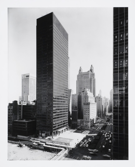 "Press kit | 756-14 - Press release | The CCA Presents the Exhibition ""Phyllis Lambert: 75 Years At Work"" - Canadian Centre for Architecture (CCA) - Event + Exhibition - Ezra Stoller. View from northwest in the afternoon, 375 Park Avenue, New York, 1958Seagram Building, Mies van der Rohe and Philip Johnson, architects; Kahn and Jacobs, associate architects; Phyllis Lambert, Director of Planning. Gelatin silver print. - Photo credit: CCA"