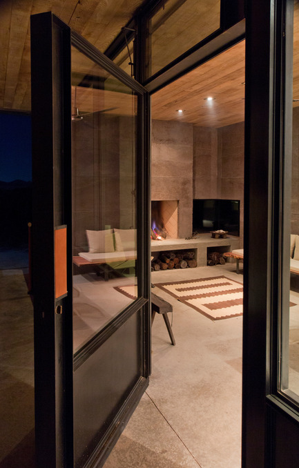 Press kit | 2262-01 - Press release | Casa Caldera - DUST - Residential Architecture - Photo credit: Cade Hayes