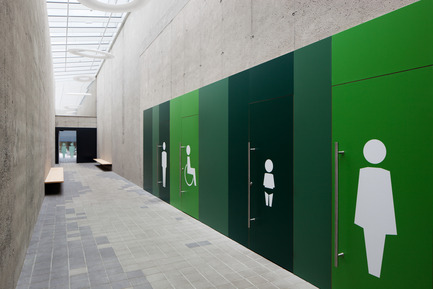 Press kit | 2274-01 - Press release | Shopping Nord Graz - BEHF Architects - Commercial Architecture - Toilets for customers - Photo credit: Markus Kaiser