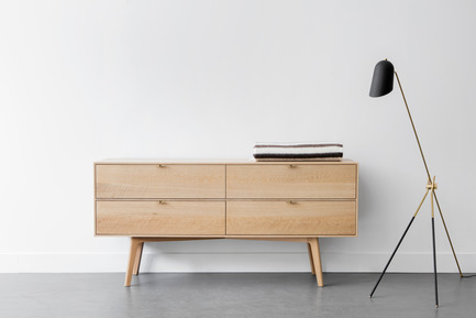Press kit | 1077-05 - Press release | Lambert & Fils and Kastella: A Perfect Fit - Lambert & Fils and Kastella - Product - S108 dresser with Cliff floor<br> - Photo credit: Adrien Williams<br>