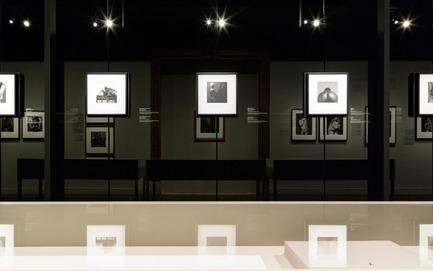 Press kit | 673-17 - Press release | Les lauréats de la 10e édition des GRANDS PRIX DU DESIGN sont… - Agence PID - Évènement + Exposition -         PRIX EXPOSITION, DESIGN ÉVÉNEMENTIEL ET INSTALLATION ÉPHÉMÈRE EX ÆQUO <br>Mapplethorpe <br>TBA / Thomas Baladan Architecte en collaboration avec le Musée des Beaux-Arts de Montréal - Photo credit: Pawel Karwowski