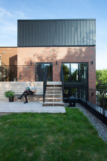 Press kit | 1075-04 - Press release | GOUNOD Residence - APPAREIL architecture - Residential Architecture - Photo credit: Francis Pelletier