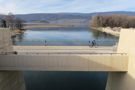 Press kit | 2230-01 - Press release | A new Landscape for the New Hydropower Plant Hagneck in Switzerland - Raymond Vogel Landschaften AG - Landscape Architecture -  View from the hydropower plant to the Lake of Biel.<br>     - Photo credit:            Raymond Vogel, Zürich