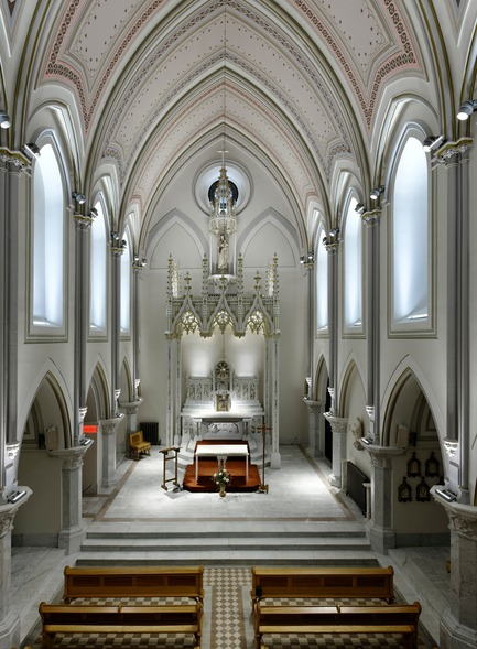 Press kit | 561-01 - Press release | The Carmelite Chapel of Montreal - Éclairage Public - Lighting Design - Photo credit: Pierre Bélanger