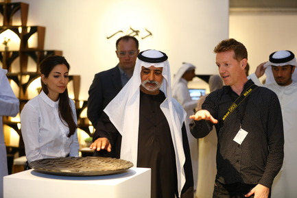 Press kit | 1834-13 - Press release | Design Days Dubai Completes its Sixth and Most Successful Edition in its New Location, d3 - Design Days Dubai - Event + Exhibition - DDD2017_Sheikh Nahyan with designer Michael Rice - Photo credit: Image Courtesy of Design Days Dubai