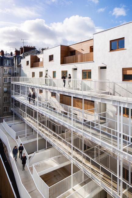 Dossier de presse | 2388-01 - Communiqué de presse | LESS - L'amplificateur urbain - AAVP ARCHITECTURE - Architecture résidentielle - Coursives - Crédit photo : © Luc Boegly