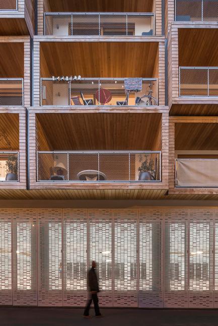 Dossier de presse | 2388-01 - Communiqué de presse | LESS - L'amplificateur urbain - AAVP ARCHITECTURE - Architecture résidentielle - Détail de la façade - Crédit photo : © Luc Boegly
