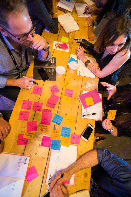 Press kit | 2352-04 - Press release | 25 entrepreneurs québécois sélectionnés par la Fondation de la famille Claudine et Stephen Bronfman - C2 Montréal - Competition