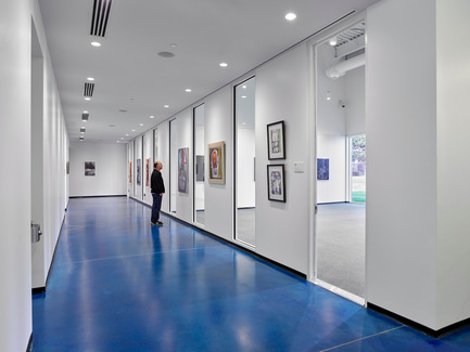 Press kit | 2353-01 - Press release | TREC - ikon.5 architects - Institutional Architecture - Looking into the Aerobics and Fitness Rooms from the corridor - Photo credit: Jeffrey Totaro