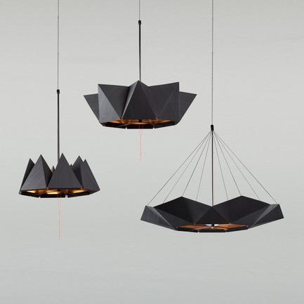 Press kit | 2489-01 - Press release | inMOOV - Studio Nina Lieven - Lighting Design - inMOOV in 3 positions - Photo credit: Simon Vollmeyer 2016