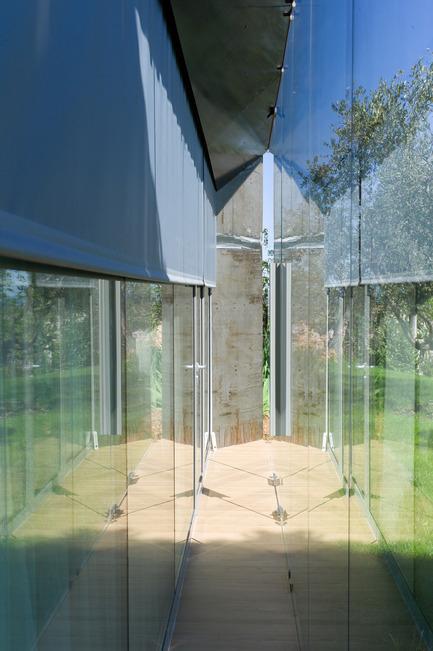 Press kit | 2433-01 - Press release | Maison SPE - ELLENA MEHL Architectes - Residential Architecture - between the glass - Photo credit: Hervé ELLENA