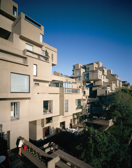 Press kit | 748-31 - Press release | Montreal Celebrates the 50th Anniversary of Architect Moshe Safdie's Pioneering Habitat '67 With a New Exhibition at UQAM Centre de Design / June 1 through August 13, 2017 - UQAM Centre de Design - Event + Exhibition - Habitat 67 - Terrace View - Photo credit: Image by Timothy Hursley