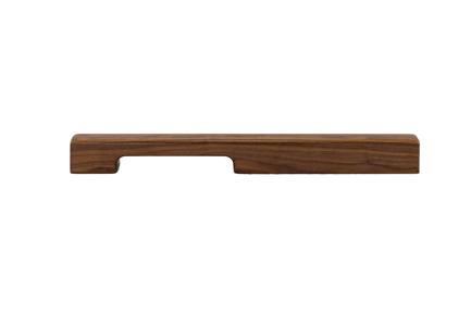 Press kit   2479-01 - Press release   Introducing TIRAR - TIRAR - Product - TIRAR door pull 600mm American Walnut - Photo credit: TIRAR