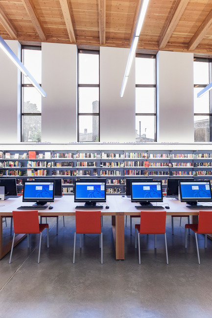 Dossier de presse | 2570-01 - Communiqué de presse | New York Public Library Stapleton Branch - Renovation and Expansion - Andrew Berman Architect - Architecture institutionnelle - Teen area<br>  - Crédit photo : Naho Kubota