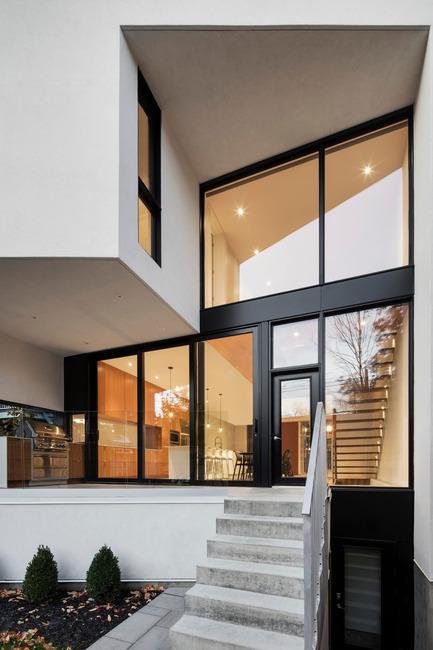 Press kit | 1633-03 - Press release | Résidence 1ère Avenue - Architecture Microclimat - Residential Architecture - Back terrace - Photo credit: Adrien Williams