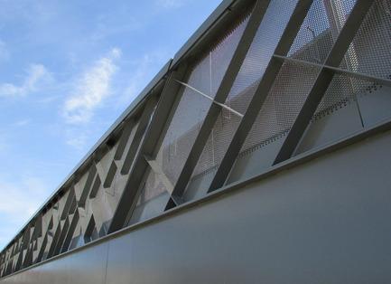 Press kit | 2366-01 - Press release | Un nouveau viaduc pour le Campus MIL de l'Université de Montréal - civiliti - Urban Design - Close-up View of East Guardrail - Photo credit: civiliti