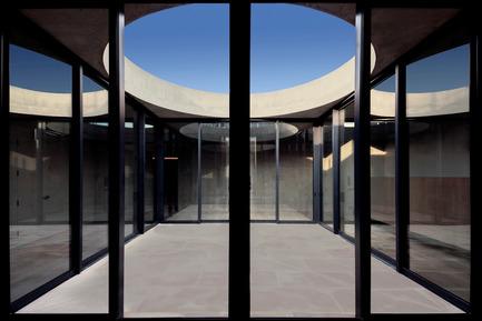 Press kit | 1481-01 - Press release | Center for Jewish Life at Drexel University - Stanley Saitowitz | Natoma Architects Inc. - Institutional Architecture - Center For Jewish Life - Interior-04 - Photo credit: Richard Barnes