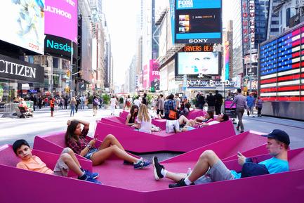 Press kit | 1305-01 - Press release | XXX Times Square with Love - J.MAYER.H und Partner, Architekten - Art - XXX Times Square with Love - Photo credit: Marsha Ginsberg