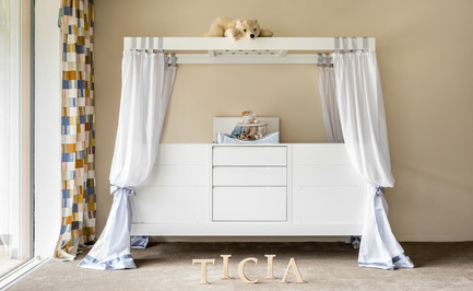 Press kit | 2473-01 - Press release | TICIA The Growing Bed - Complojer for kids - Product -  Ticia Twins - two cradls in one - for those wonderful life moments  - Photo credit: complojerforkids
