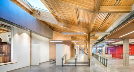 Dossier de presse | 1615-04 - Communiqué de presse | IESBC Announces the 2017 'Vision Award' Recipients - IESBC - Lighting Design -  Okanagan College Trades Renewal and Expansion - IESBC Award of <br>Merit for Interior Lighting Design<br> - Crédit photo : Ed White