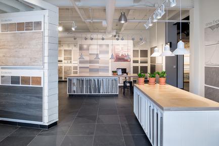 Dossier de presse | 846-22 - Communiqué de presse | Kitchen Plumbing Fixtures Now Available at Ceragres Carré Union - Ceragres - Commercial Interior Design - Ceragres Carre Union Boutique Workspace - Crédit photo : Loic Romer