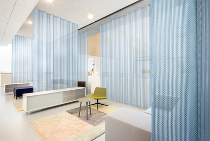 Press kit | 2672-01 - Press release | Colourful Acoustics - Vescom - Product - Vescom - curtain - design Formoza - Photo credit: Vescom
