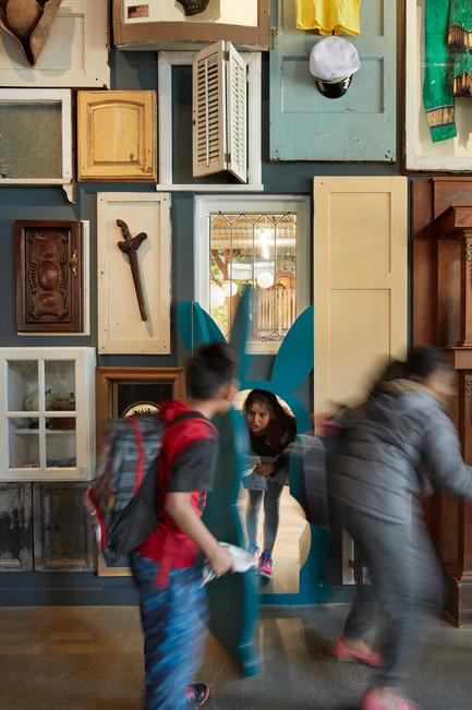 Dossier de presse | 1562-02 - Communiqué de presse | 826 Valencia Tenderloin Center Receives Special Commendation Award for Social Responsibility - INTERSTICE Architects - Commercial Architecture - Rabbit Door - Crédit photo : Matthew Millman