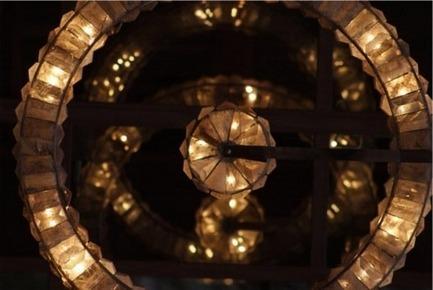 Press kit | 1074-02 - Press release | Bears at SIDIM! - Inhoma Design - Event + Exhibition - Lampe Edition Limitée « Astrolabe » / « Astrolabe » Limited Edition LightMathieu Lustrerie - Photo credit: Mathieu Lustrerie