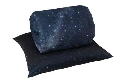 Press kit   2502-01 - Press release   Augmented Reality Bed Sheets - Hayka - Product - Northern Sky bed linen packshot - single set - Photo credit: Hayka