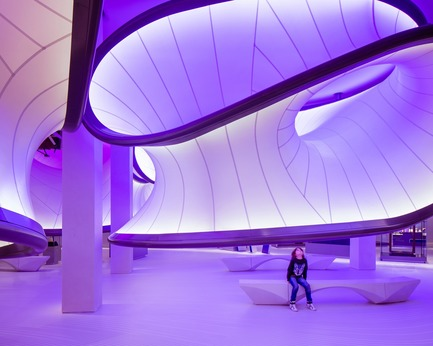 Dossier de presse | 1080-24 - Communiqué de presse | World Interior of the Year 2017: A Floating Bar, a Jade Green Spa, and a Futuristic Mathematics Gallery Among Shortlist - INSIDE: World Festival of Interiors - Competition - Crédit photo : Mathematics: The Winton Gallery in London by Zaha Hadid Architects, shortlisted in the Civic, Culture & Transport category.