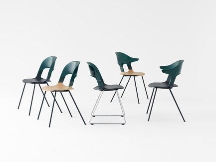 Press kit | 809-21 - Press release | AZURE Reveals the Winners of the 2017 AZ Awards - AZURE - Competition - Pair Chair designed by Benjamin Hubert, Layer, London, U.K.<br>Manufacturer: Republic of Fritz Hansen, Allerød, Denmark<br>Best Furniture Design - 2017 AZ Awards - Photo credit: AZURE