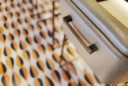Dossier de presse | 1303-04 - Communiqué de presse | The Transformation of Fairmont The Queen Elizabeth Hotel, as Seen by its Designers - Sid Lee Architecture - Design d'intérieur commercial - DÉTAIL - BAR LE NACARAT  - Crédit photo : SID LEE ARCHITECTURE (CARL ANTONYN DUFAULT)