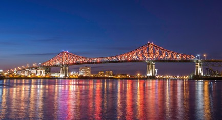 Press kit | 1089-02 - Press release | Illumination of the Jacques-Cartier Bridge | Creating the World's Most Connected Bridge - Moment Factory - Multimedia Design - Jacques Cartier Bridge Interactive Illumination_Living Connections - Photo credit: The Jacques Cartier and Champlain Bridges Incorporated (JCCBI)