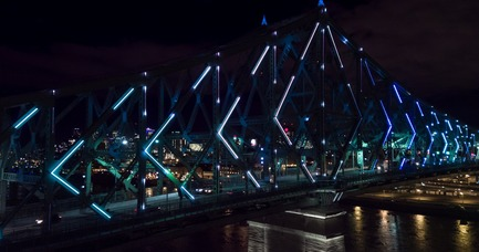 Press kit | 1089-02 - Press release | Illumination du pont Jacques-Cartier | Le pont le plus connecté au monde - Moment Factory - Design multimédia - Illumination interactive du pont Jacques-Cartier_Connexions vivantes - Photo credit: Moment Factory