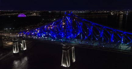 Press kit | 1089-02 - Press release | Illumination of the Jacques-Cartier Bridge | Creating the World's Most Connected Bridge - Moment Factory - Multimedia Design - Jacques Cartier Bridge Interactive Illumination_Living Connections - Photo credit: Moment Factory